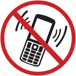 477922035 no phone