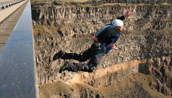BASE jumping Perrine Bridge